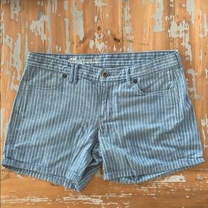 Madewell lightweight pinstripe denim shorts 27
